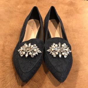 KELLY & KATIE blue lace jeweled pointy toe flats 9